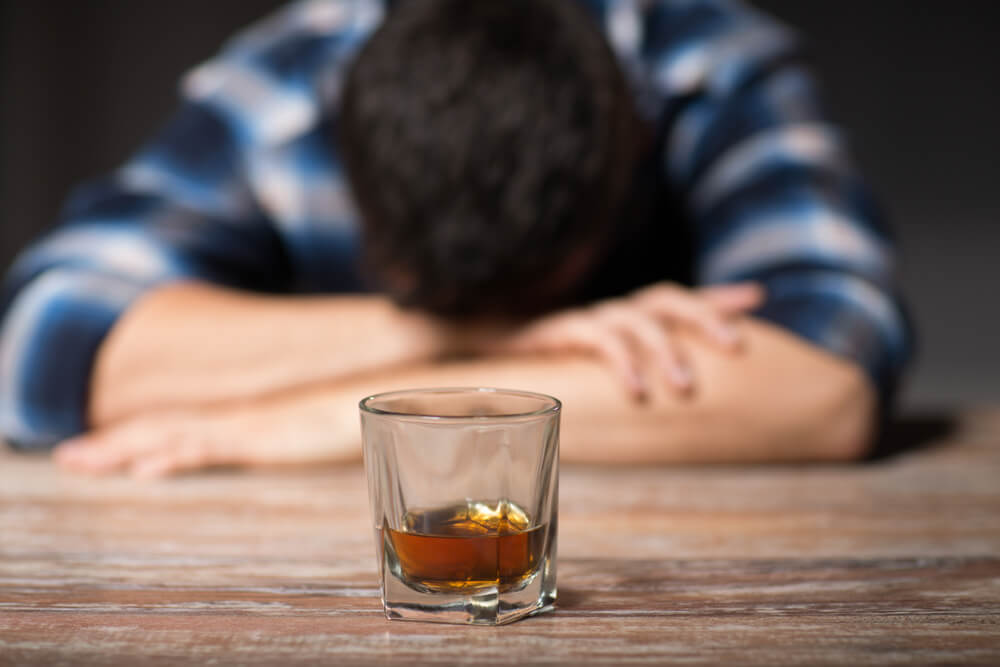 How to Help an Alcoholic: A Few Tips to Treat Alcohol Addiction